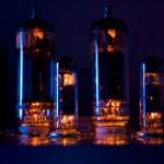 Amp cu lampi